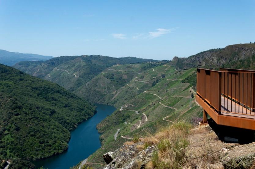 Penas de Matacas viewpoint, Ribeira Sacra, Spain.  Crédito da imagem: Turismo Ribeira Sacra