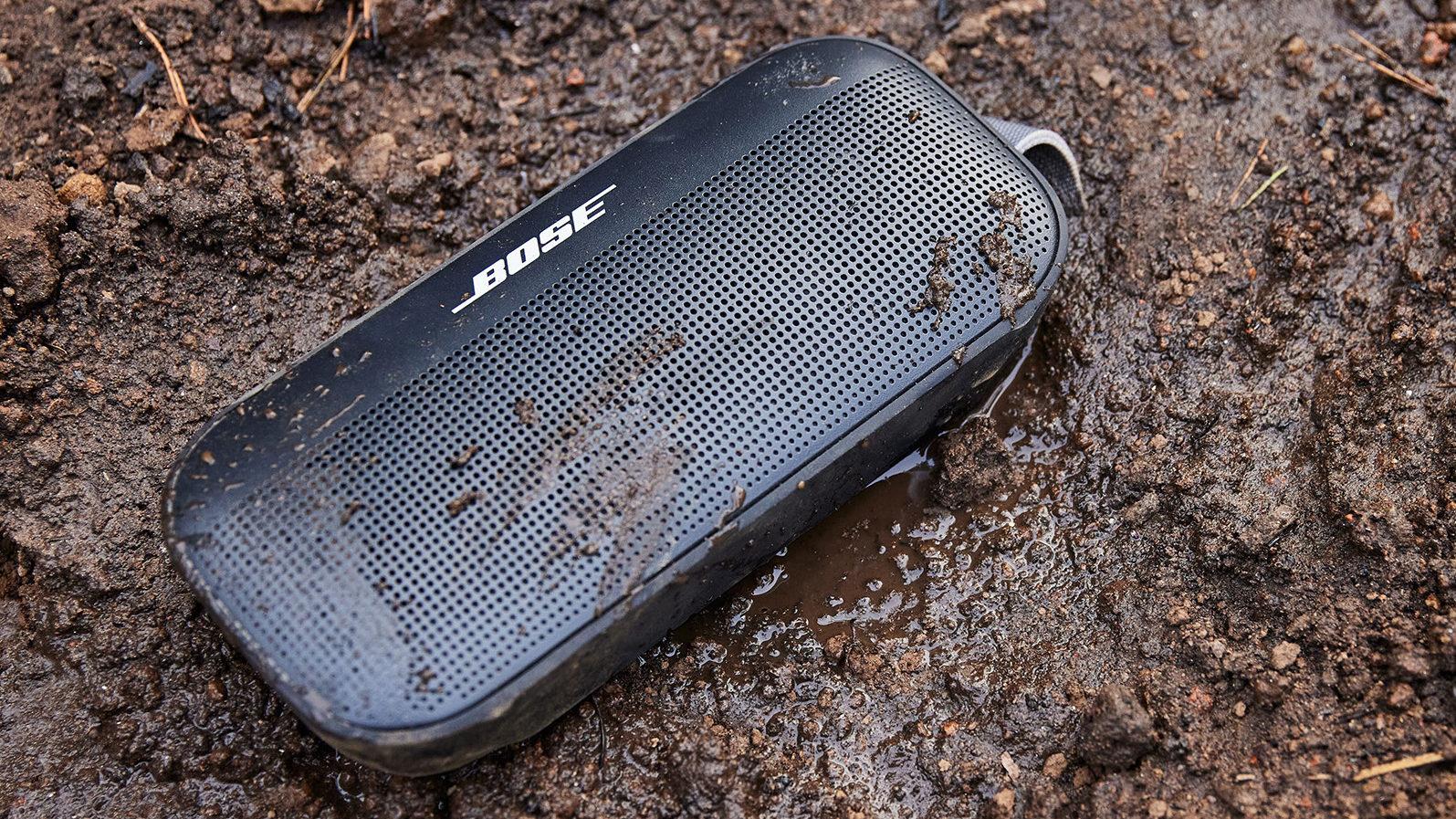 Alto-falante bluetooth Bose SoundLink Flex de lama negra